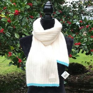 Coach NWT ivory ribbed knit muffler scarf